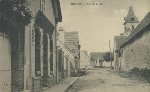 rue Hector Boudon allant vers l'église ancienne rue de Loché